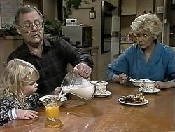 Sky Mangel, Harold Bishop, Madge Bishop in Neighbours Episode 1291