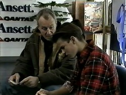 Jim Robinson, Todd Landers in Neighbours Episode 1291
