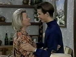 Helen Daniels, Todd Landers in Neighbours Episode 1292