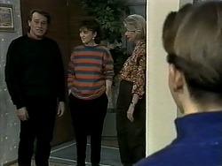 Doug Willis, Pam Willis, Helen Daniels, Todd Landers in Neighbours Episode 1292