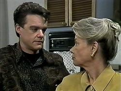 Paul Robinson, Helen Daniels in Neighbours Episode 1293