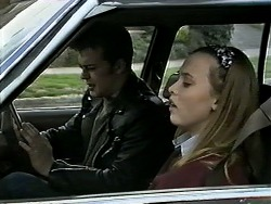 Matt Robinson, Gemma Ramsay in Neighbours Episode 1294