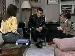 Christina Alessi, Matt Robinson, Caroline Alessi in Neighbours Episode 1295