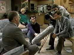 Harold Bishop, Madge Bishop, Cameraman, TV Interviewer in Neighbours Episode 1296