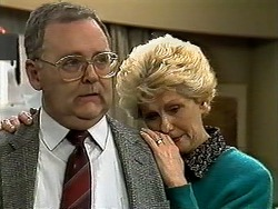 Harold Bishop, Madge Bishop in Neighbours Episode 1296