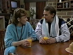 Pam Willis, Doug Willis in Neighbours Episode 1297