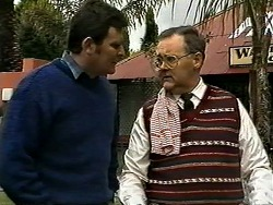 Des Clarke, Harold Bishop in Neighbours Episode 1298