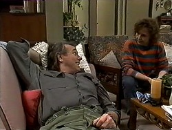 Doug Willis, Pam Willis in Neighbours Episode 1301
