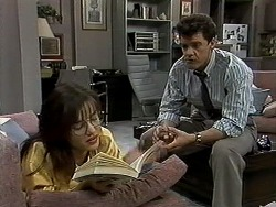 Christina Alessi, Paul Robinson in Neighbours Episode 1302