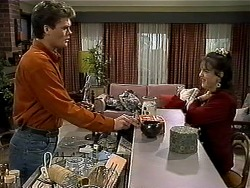 Adam Willis, Caroline Alessi in Neighbours Episode 1303