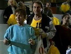 Pam Willis, Doug Willis in Neighbours Episode 1304