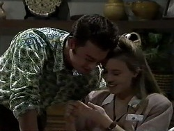 Matt Robinson, Gemma Ramsay in Neighbours Episode 1305