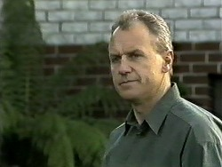 Jim Robinson in Neighbours Episode 1306