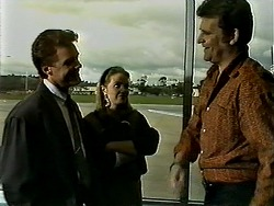 Paul Robinson, Melanie Pearson, Des Clarke in Neighbours Episode 1309