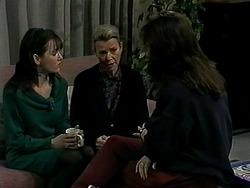 Caroline Alessi, Helen Daniels, Christina Alessi in Neighbours Episode 1310