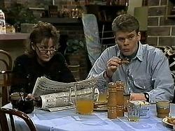 Pam Willis, Adam Willis in Neighbours Episode 1311