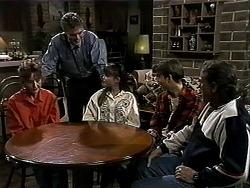 Pam Willis, Adam Willis, Cody Willis, Todd Landers, Doug Willis in Neighbours Episode 1312