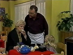 Madge Bishop, Harold Bishop, Sky Mangel in Neighbours Episode 1313