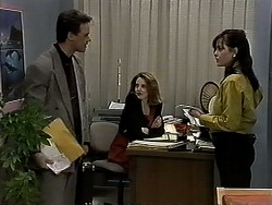 Paul Robinson, Melanie Pearson, Caroline Alessi in Neighbours Episode 1314
