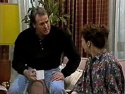 Doug Willis, Pam Willis in Neighbours Episode 1317