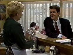 Madge Bishop, Paul Robinson in Neighbours Episode 1318