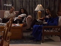 Doug Willis, Gaby Willis, Baby Zac, Beth Brennan, Pam Willis in Neighbours Episode 2226