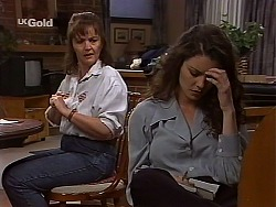 Pam Willis, Gaby Willis in Neighbours Episode 2226