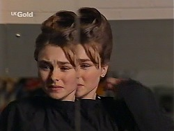 Debbie Martin in Neighbours Episode 2226