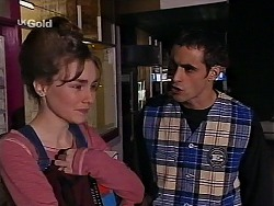 Debbie Martin, Kim Roth in Neighbours Episode 2227