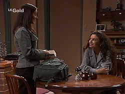 Beth Brennan, Gaby Willis in Neighbours Episode 2227