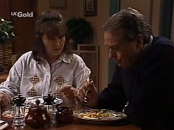 Pam Willis, Doug Willis in Neighbours Episode 2227