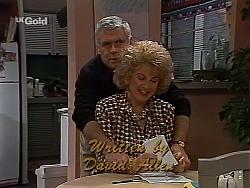 Lou Carpenter, Cheryl Stark in Neighbours Episode 2228