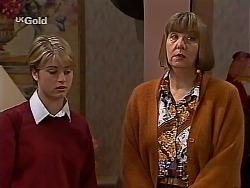 Danni Stark, Anne Teschendorff in Neighbours Episode 2228