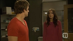 Kyle Canning, Kate Ramsay in Neighbours Episode 6794