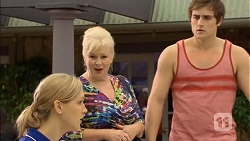 Georgia Brooks, Sheila Canning, Kyle Canning in Neighbours Episode 6797
