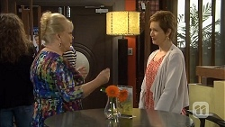 Sheila Canning, Susan Kennedy in Neighbours Episode 6797
