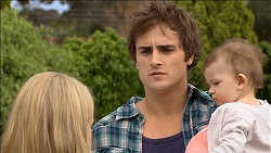 Georgia Brooks, Kyle Canning, Nell Rebecchi in Neighbours Episode 6798