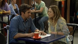 Jacob Holmes, Sonya Rebecchi in Neighbours Episode 6799