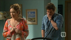 Sonya Mitchell, Kyle Canning in Neighbours Episode 6800