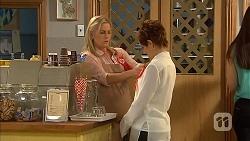 Lauren Turner, Susan Kennedy in Neighbours Episode 6802