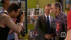 Matt Turner, Photographer, Paul Robinson, Karl Kennedy in Neighbours Episode 6802