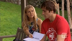 Georgia Brooks, Kyle Canning in Neighbours Episode 6802