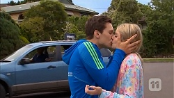 Josh Willis, Amber Turner in Neighbours Episode 6804