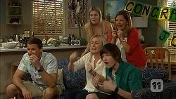 Matt Turner, Amber Turner, Terese Willis, Lauren Turner, Bailey Turner in Neighbours Episode 6804