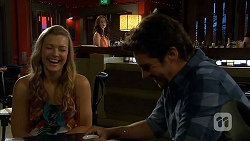 Georgia Brooks, Kate Ramsay, Jacob Holmes in Neighbours Episode 6806