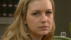 Georgia Brooks in Neighbours Episode 6806
