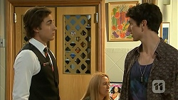 Mason Turner, Isaac Woods in Neighbours Episode 6807