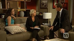 Kate Ramsay, Lucy Robinson, Paul Robinson in Neighbours Episode 6808