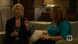 Lucy Robinson, Terese Willis in Neighbours Episode 6808