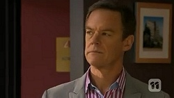Paul Robinson in Neighbours Episode 6808